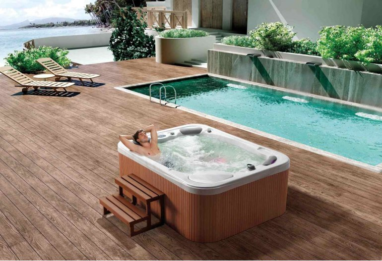 spa jacuzzi d 39 ext rieur at 015. Black Bedroom Furniture Sets. Home Design Ideas