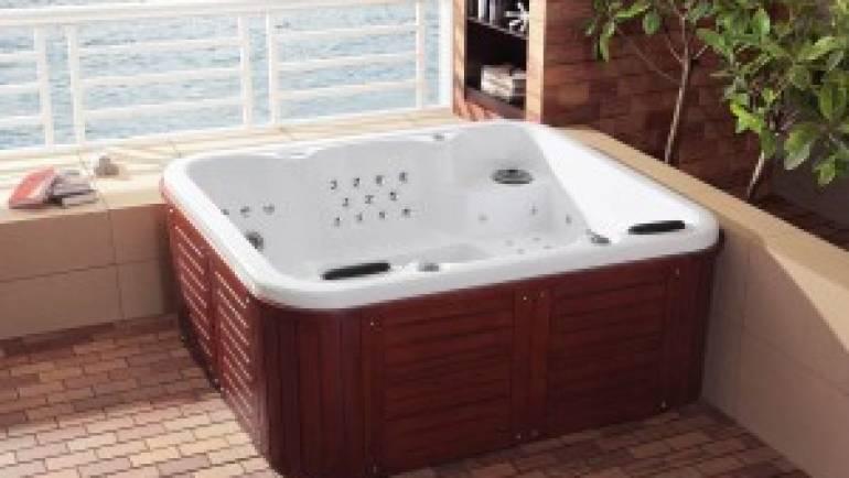 Les acryliques du spa jacuzzi extérieur