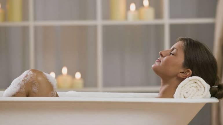 Développez votre détente avec votre baignoire balnéo jacuzzi (10 conseils)