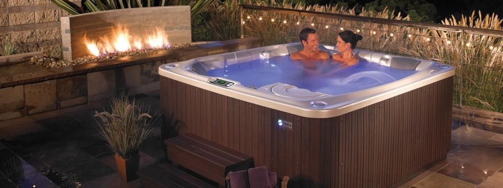 Spas exterieur jacuzzi stunning spa marseille spa aix en for Prix spa exterieur