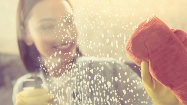Apprenez à nettoyer votre cabine d'hydromassage et à la protéger de la saleté