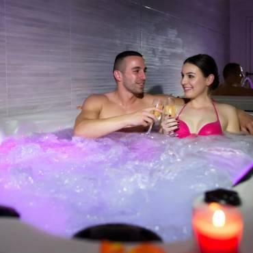 Raisons pour lesquelles vous devriez avoir votre propre baignoire jacuzzi