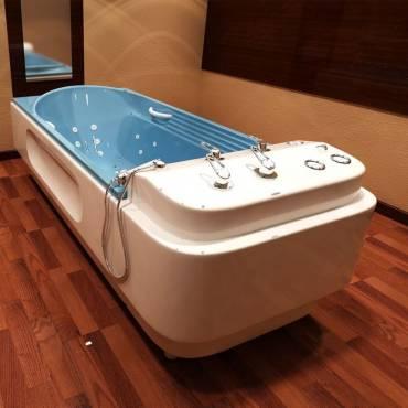 La baignoire avec massage, origine et bienfaits