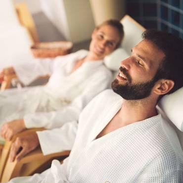 Avantages, mythes et précautions de la cabine hydromassage avec sauna