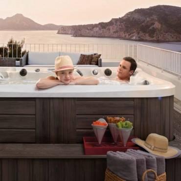 Avantages d'un spa jacuzzi extérieur