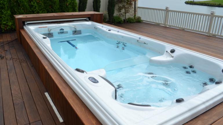 La tendance des spas de nage : pourquoi sont-ils à la mode ?